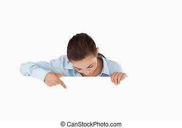 бизнес-леди, ниже, ее, pointing, знак