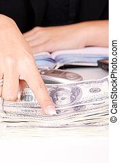 , бизнес-леди, pointing, в, деньги