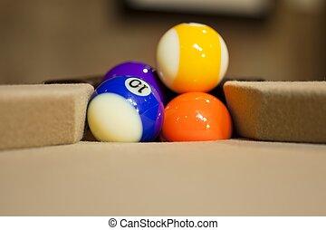 бильярдный, мячи