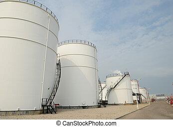 большой, промышленные, масло, tanks, в, , очистительный завод