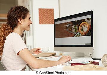 веб-сайт, web, designer, за работой