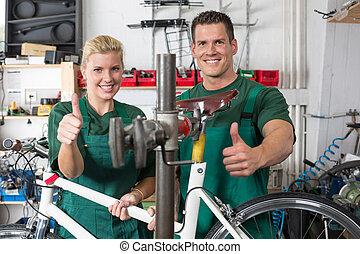 велосипед, механик, and, подмастерье, ремонт, байк