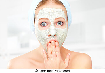 веселая, женщина, маска, молодой, лицевой, уход за кожей