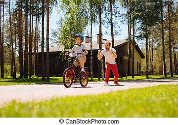 веселая, папа, обучение, his, сын, к, поездка, , велосипед
