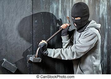 взломщик, breaks, замок, на, дверь
