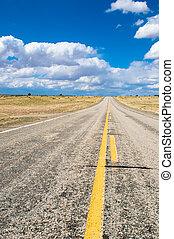 вибрирующий, образ, of, шоссе, and, синий, небо