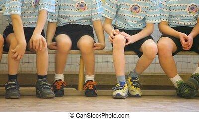 виды спорта, скамейка, kids, зал, сидящий