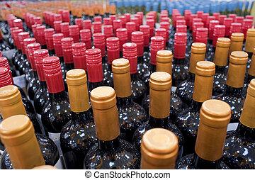 вино, bottles