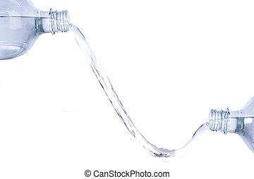 воды, bottles, два, между