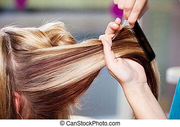 волосы, туалетный столик, combing, client's, волосы, в,...