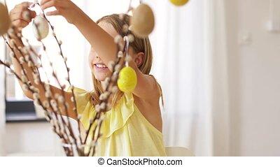 девушка, декорирование, ива, от, пасха, eggs, в, главная