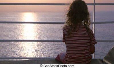 девушка, круиз, sits, корабль, палуба