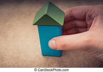 держа, рука, здание, дом, вне, сформированный, blocks