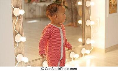 детка, милый, улыбается, learning, ходить