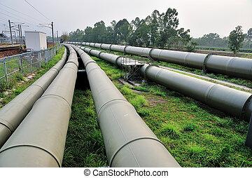 длинный, водопроводные трубы