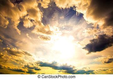 драматичный, небо
