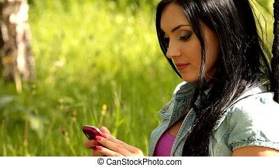 женский пол, молодой, мобильный
