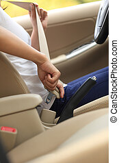 женщина, автомобиль, до, сиденье, водитель, вверх, ремень, пряжка, driving