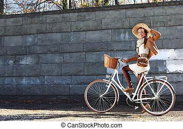 женщина, велосипед