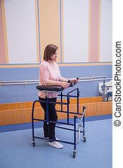 женщина, восстановление, после, вверх, оборудование, с помощью, закрыть, хирургия