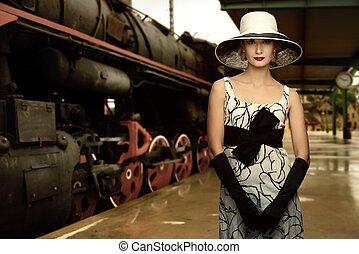 женщина, в, шапка, на, поезд, станция