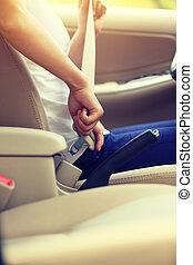 женщина, до, сиденье, водитель, вверх, автомобиль, ремень, эффект, пряжка, марочный, driving