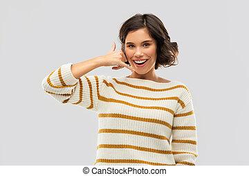 женщина, показ, телефон, вызов, улыбается, жест, счастливый