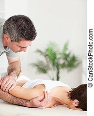 женщина, получение, shoulder-stretching