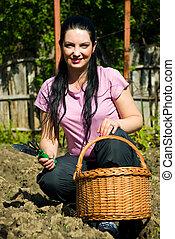 женщина, садовник, счастливый