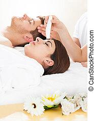 женщина, терапия, undergoing, microdermabrasion