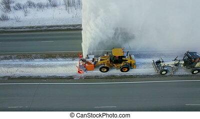 зима, антенна, дорога, снегоочиститель, снегопад, снег, удалить, шоссе, воздуходувка, замороженные, снег, грейдер, фонтан, чистый, средство передвижения, взрыв, посмотреть, особый, круто