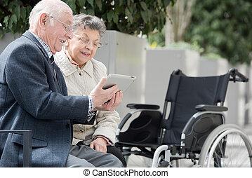 инвалидная коляска, за пределами, пара, природа