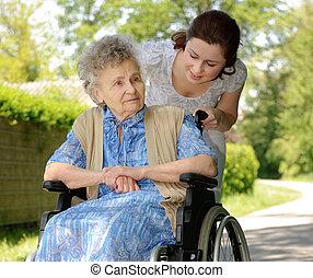 инвалидная коляска, старшая, женщина