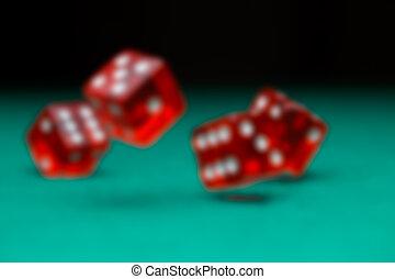 картина, of, игральная кость, falling, на, зеленый, таблица