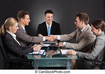 конференция, shaking, businessmen, руки, в течение, встреча