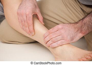 кость, голень, физиотерапевт, massaging