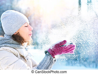 красивая, женщина, зима, снег, на открытом воздухе, blowing