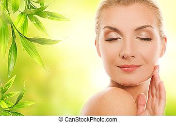 красивая, женщина, органический, ее, молодой, cosmetics, кожа, applying