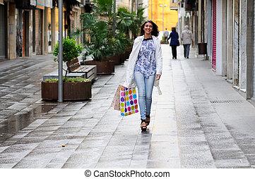 красивая, мешки, гулять пешком, женщина, поход по магазинам,...