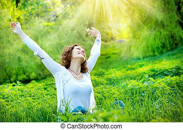 красивая, наслаждаться, женщина, природа, молодой, outdoors.