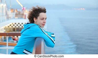 круиз, корабль, женщина, стоять, палуба