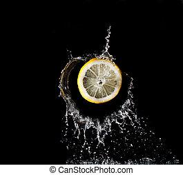 лимон, в, воды, всплеск