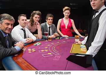 люди, сидящий, в, , блэк джек, таблица, улыбается, в, , казино