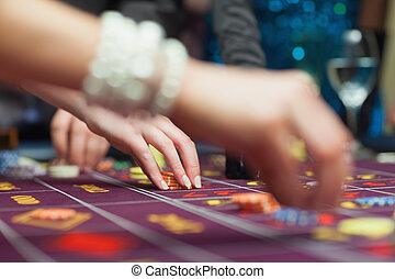 люди, placing, bets