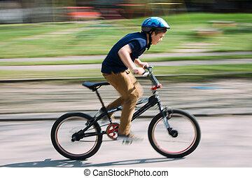 мальчик, верховая езда, байк, в, парк