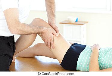 массаж, нога, врач