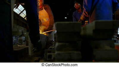 мастерская, плавильной печи, 4k, литейный завод, работник, ...
