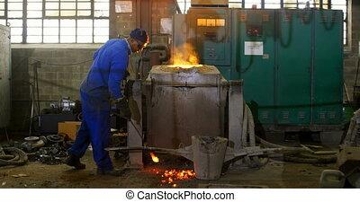 мастерская, melting, металл, печь, 4k, работник