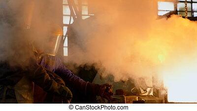 мастерская, melting, molten, 4k, литейный завод, работник, ...