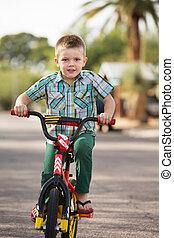 милый, ребенок, на, велосипед